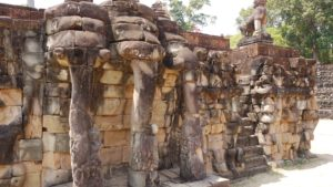 The elephant terrace - Angkor Thom