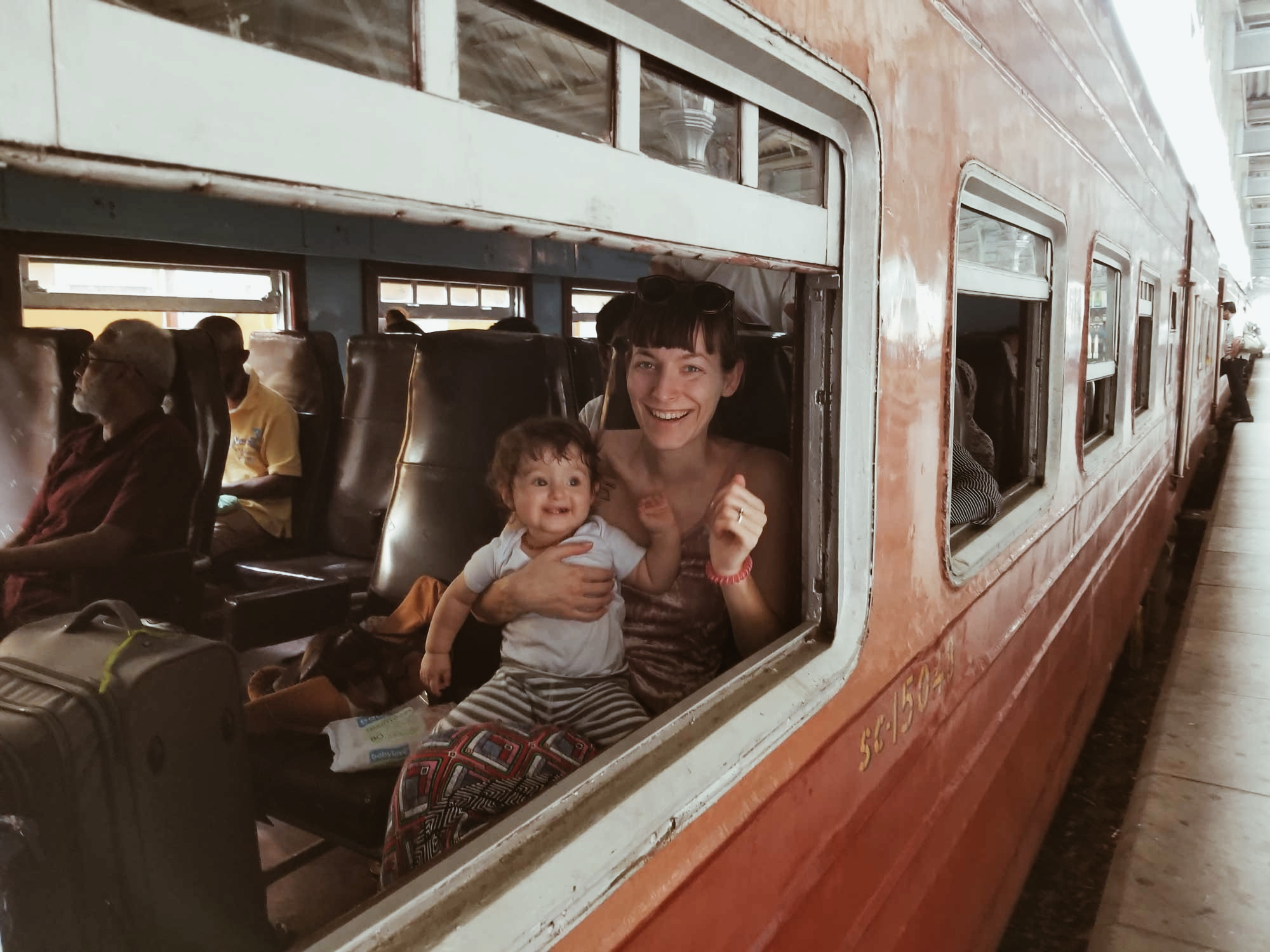 Taking the train from Kandy to Ella